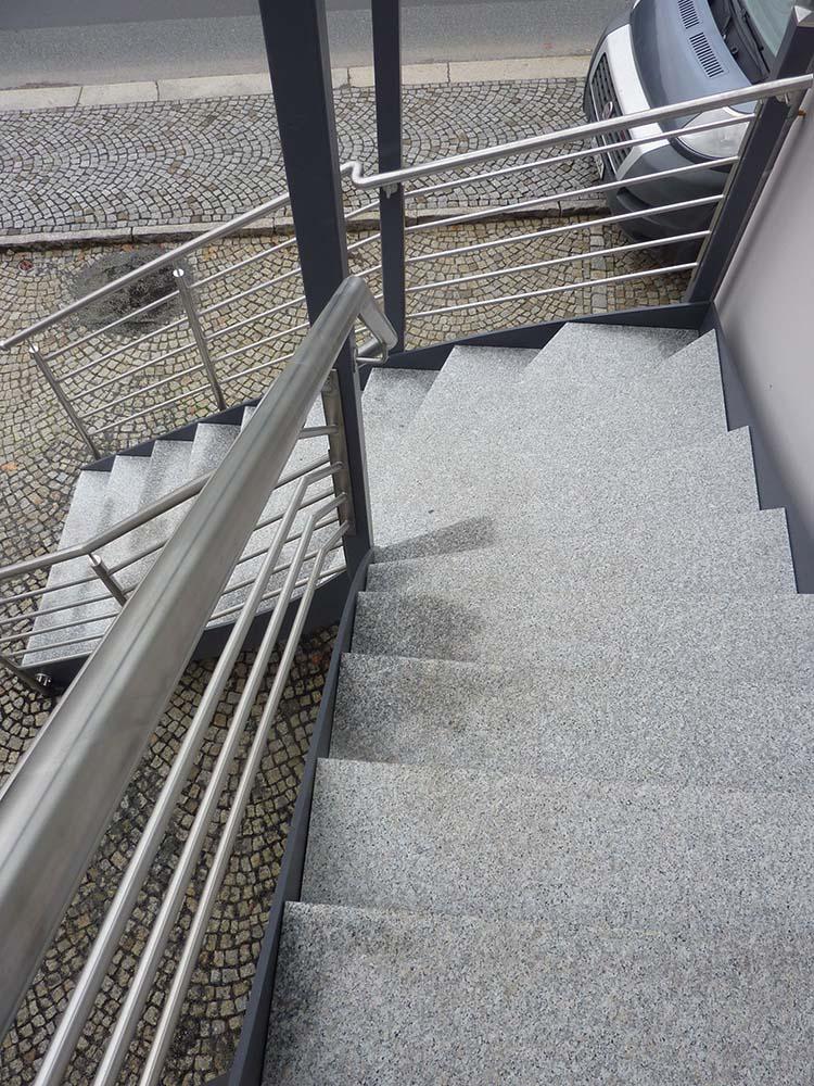 Treppen und Geländer aus Stahl, Edelstahl oder Aluminium bei Bautzen ...